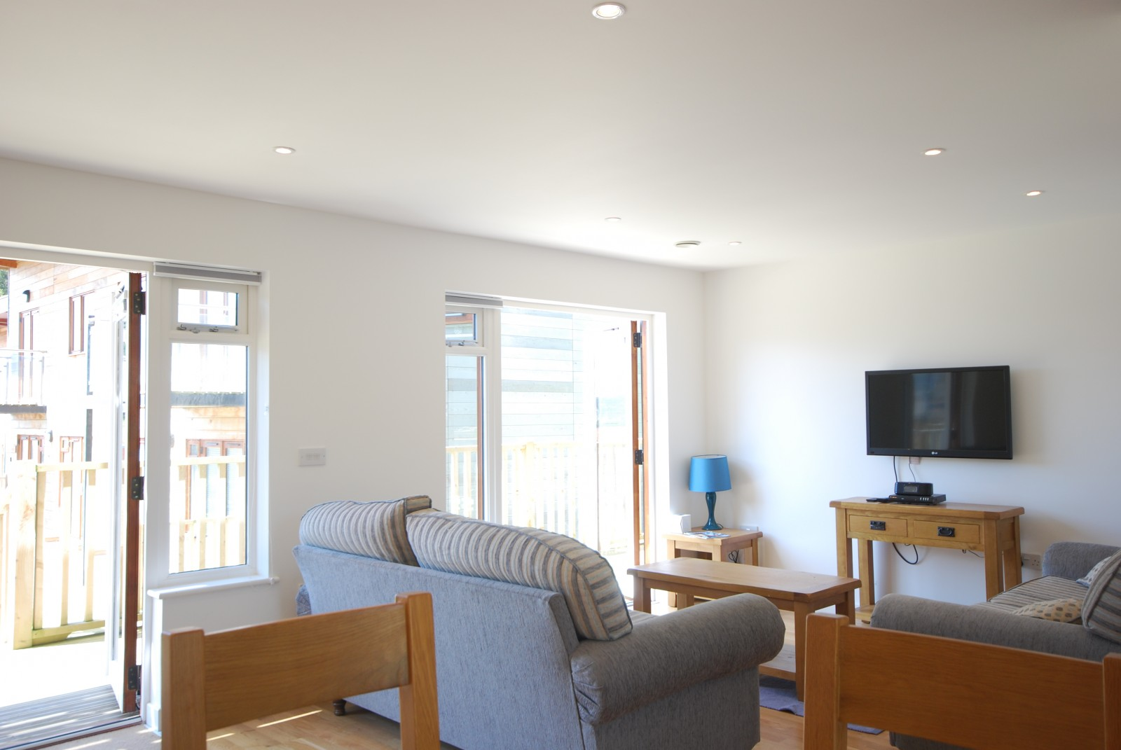 Dolcoath Holiday Cottage by the Beach - Lounge