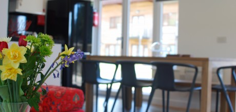 Anemone Holiday Cottage by the beach - Dining Area