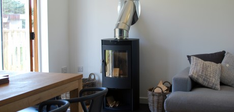 Anemone Holiday Cottage by the beach - Woodburner